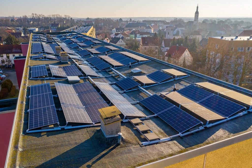 Una comunità energetica può aiutare a creare energia sostenibile